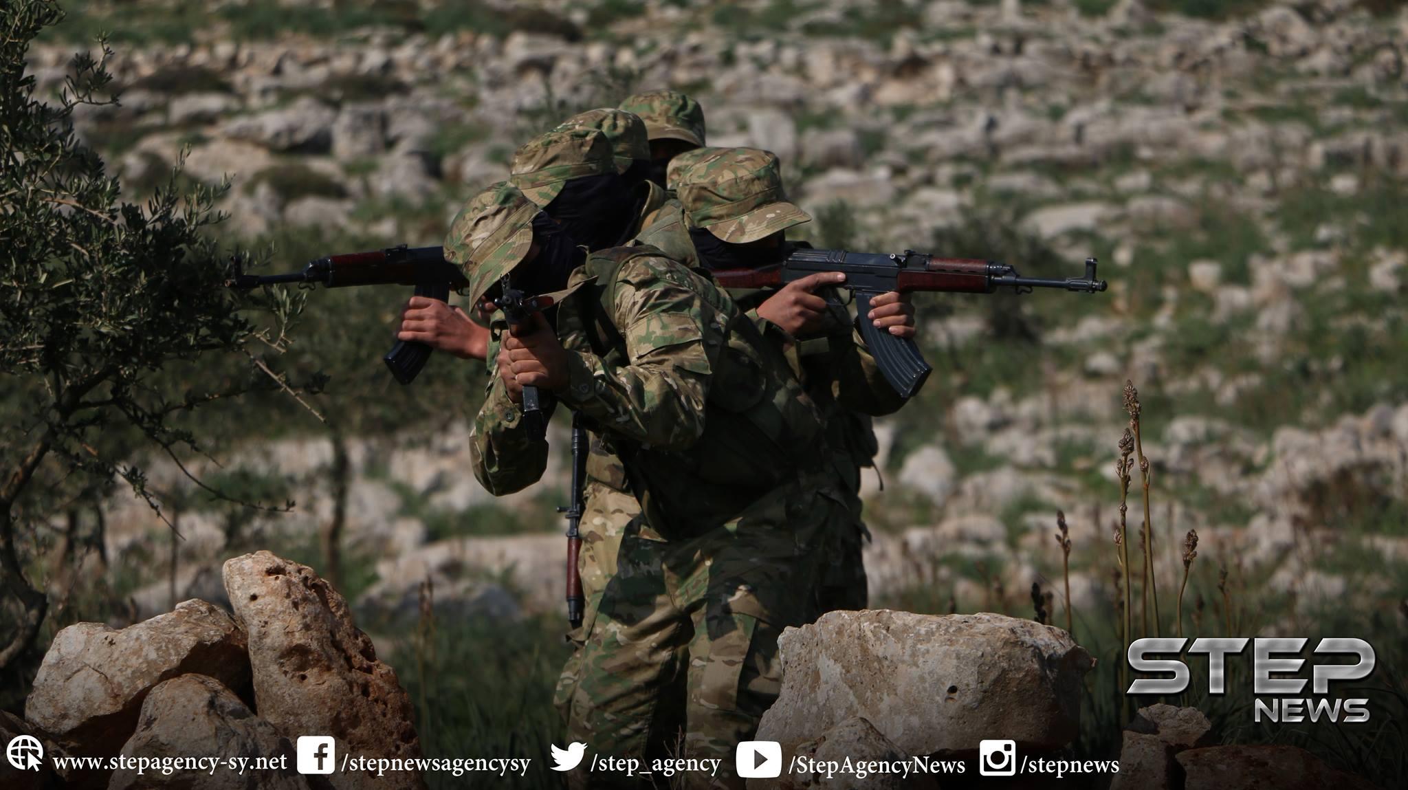 """""""الفتح المبين"""" تُهاجم النظام بريف حماة وتُكبّده خسائر فادحة بالعتاد والأرواح"""