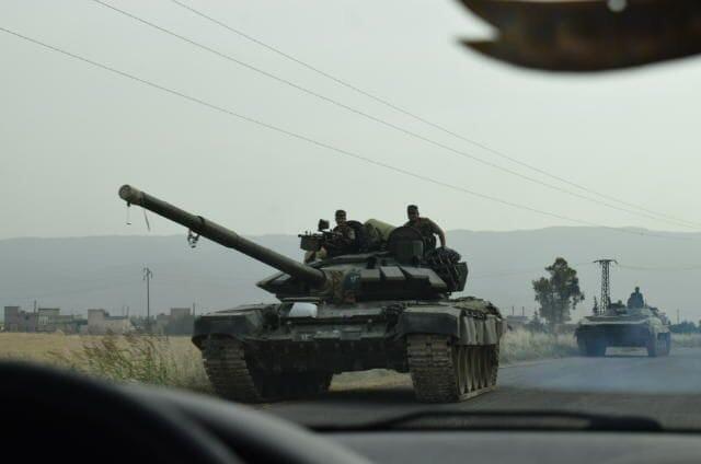 أحدث دبابة روسية تصل إلى ميليشيا النمر للمشاركة في معارك ريف حماة