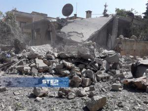 بالصور: اللحظات الأولى للغارة التي استهدفت مركزًا للإيواء وسط إدلب