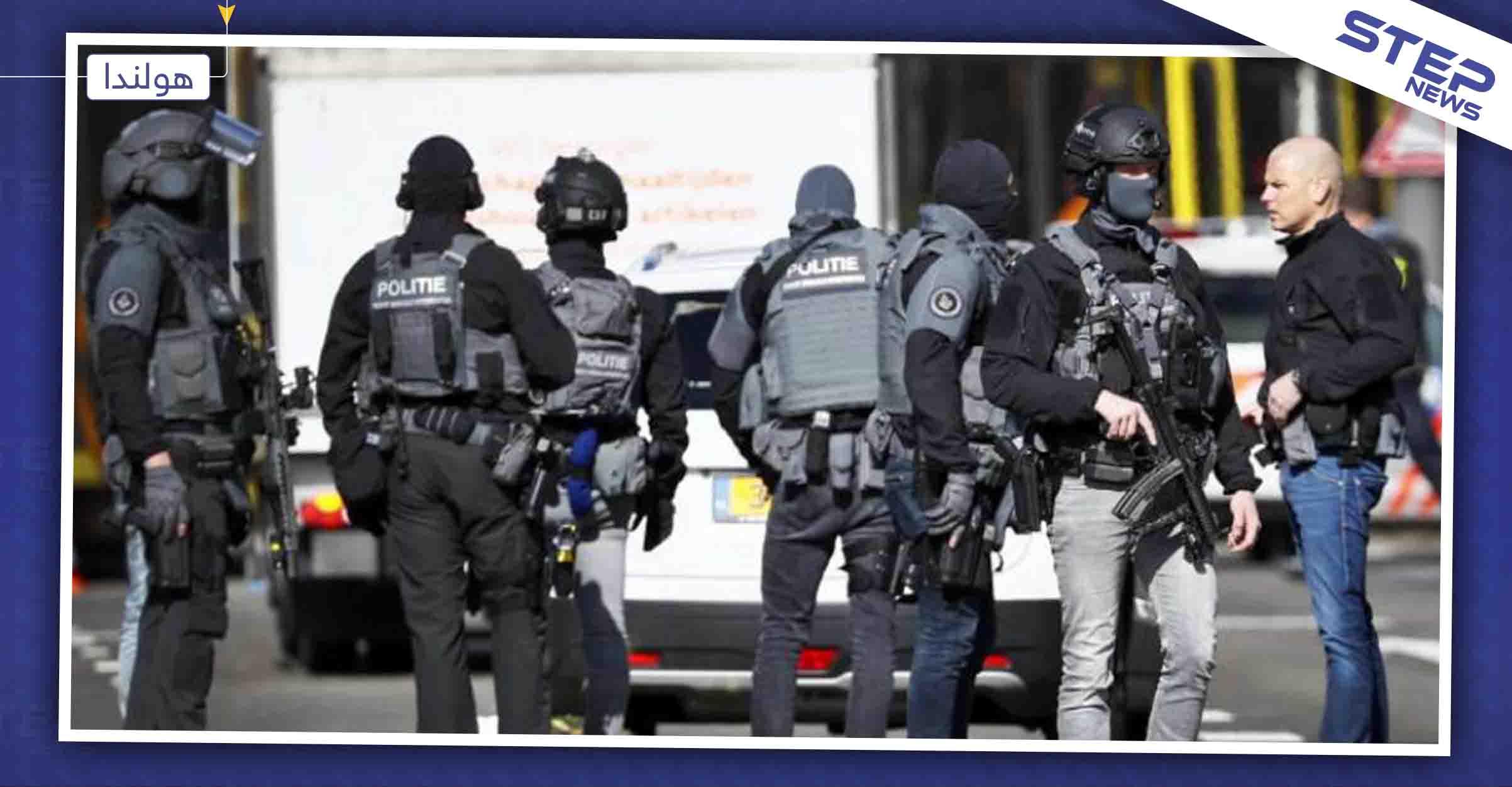 """الشرطة الهولندية تلقي القبض على طالب لجوء سوري متهم بارتكابه """"جرائم حرب"""""""