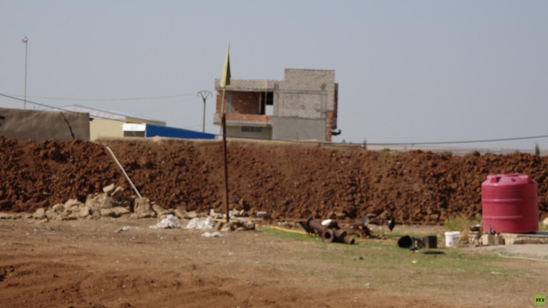 """ميليشيا """"قسد"""" تخلي مواقعها بالدرباسية وعامودا تنفيذًا لبنود سوتشي"""