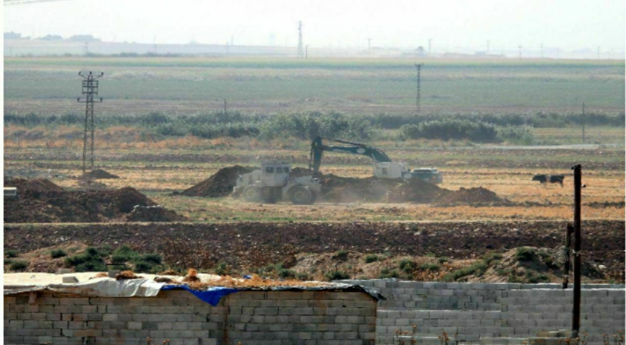 """استعدادات الجيش التركي لعملية """"نبع السلام"""""""