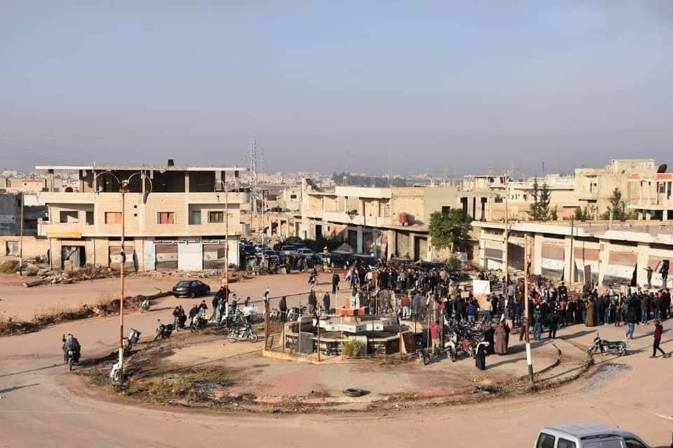 النظام السوري يروج لعودة أهالي حلفايا إلى مدينتهم بعد عامين من السيطرة عليها.. والحقيقة!؟
