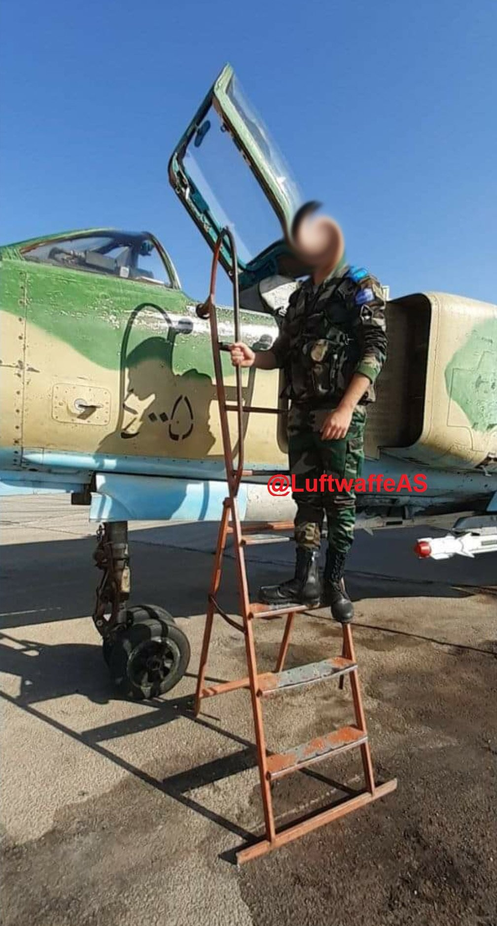 """تعرّف على طائرة """"الجلاد"""" الروسية.. وكيف وصلت إلى سوريا"""