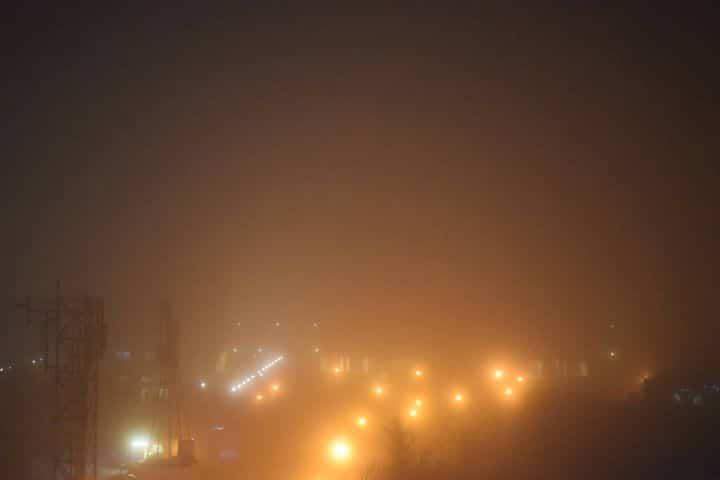 شاهد بالصور   أهالي دمشق يرصدون ظاهرة نادرة لم تحدث منذ 20 عامًا