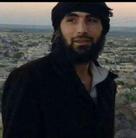 """بالفيديو    من ضابطٍ بقوات النظام السوري لقيادي بـ""""تحرير الشام"""".. من هو """"أبو عبيدة كنصفرة"""" الذي قُتل بـ""""سراقب"""""""
