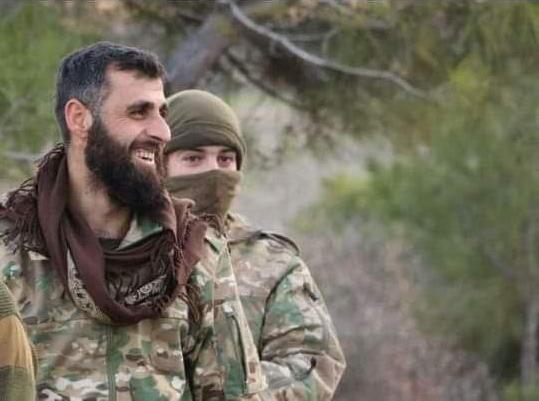مجهولون يحاولون اغتيال سهيل أبو التاو في إدلب.. والتفاصيل