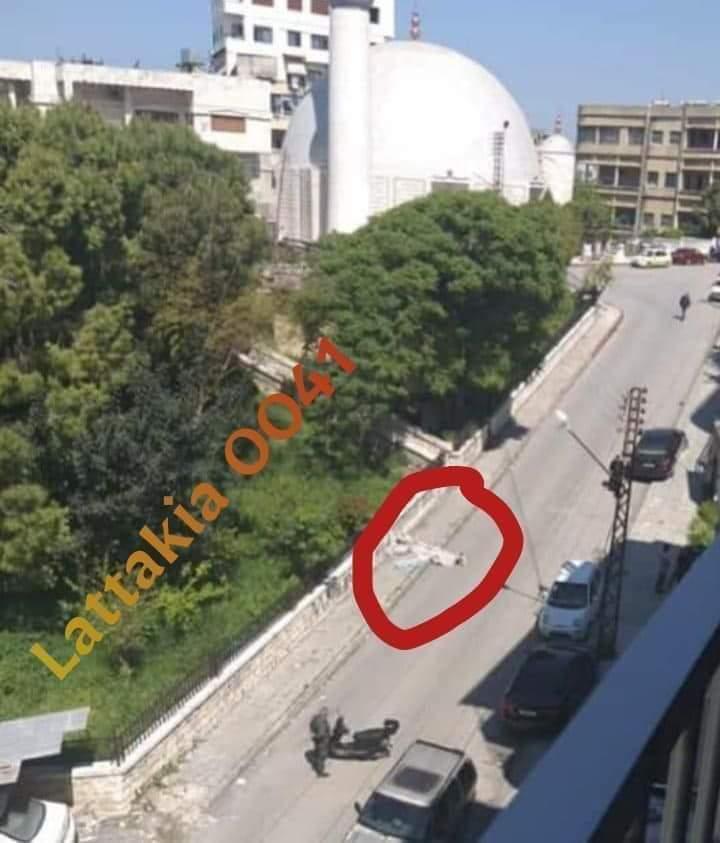 يتساقطون بالشوارع.. هلع بين أهالي الساحل بعد تسجيل وفيات مفاجئة لمدنيين والنظام السوري متكتم (صور)