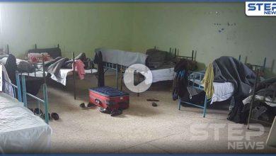يعاملونا كالدواب.. أحد المحجور عليهم بمراكز النظام السوري بسبب كورونا يكشف عن فظائع (فيديو)