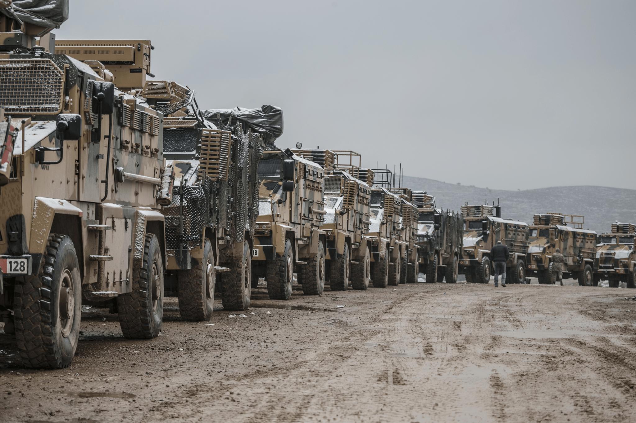 تحركات عسكرية تركية ضخمة تنذر ببوادر حرب شمال سوريا
