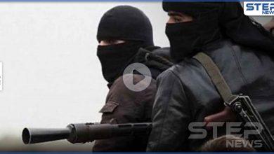 فيديو صادم لعصابة تقطع إصبع مخطوف من إدلب وتطالب ذويه بنصف مليون دولار (فيديو)