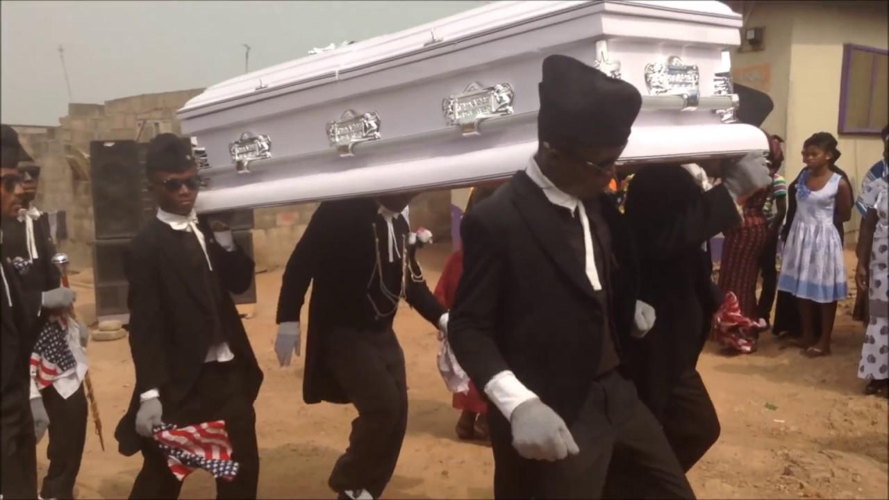 بالفيديو|| فرقة راقصو التوابيت الغانية تشكر الأطباء الذين يواجهون كورونا حول العالم