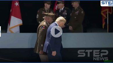 ترامب ليس على مايرام.. تصرفات غريبة على الرئيس الأمريكي تشعل موجة جدل (فيديو)