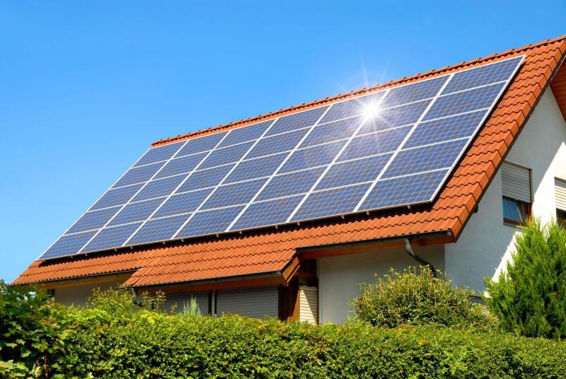 أنظمة الطاقه الشمسيه للمنازل .. تعرّف على تكلفتها واستخداماتها