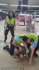 بالفيديو|| إذا ممرت بـ إسبانيا فاحذر خلع الكمامة.. هكذا تتصرف الشرطة هناك مع من لا يرتديها