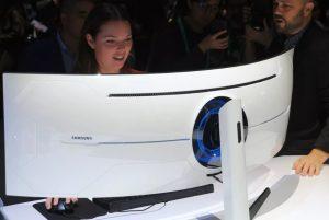 (أوديسي جي9) أقوى شاشة ألعاب منحنية في العالم من انتاج سامسونج.. توفرت في الأسواق