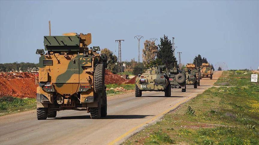 """أمريكا وتركيا تؤكدان على قرارات هامّة حول إدلب.. واستنفار للقوات التركية على طريق الـ""""M4"""""""