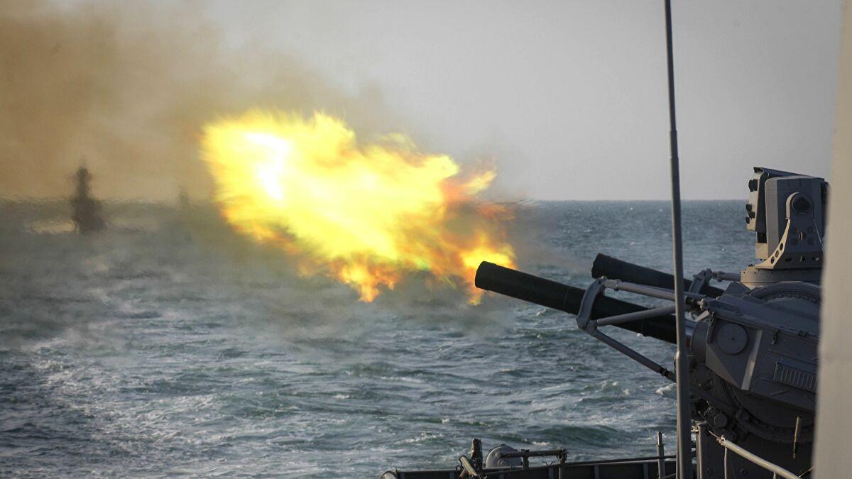 الصين تجري مناورات عسكرية ضخمة استعداداً لحرب واحتلال بلد مجاور لها