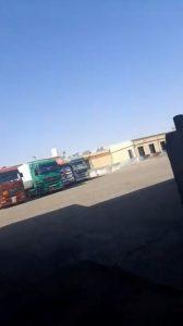 بالفيديو|| سائق أردني يهدد بالانتحار إذا لم تستجت السلطات الأردنية لطلباته