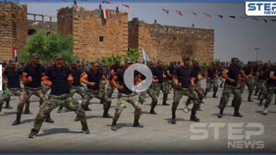 بالفيديو|| سوريا حرّة والأسد برّا.. مقاتلي الفيلق الخامس بدرعا يخرجون بمظاهرة عقب عرض عسكري ضخم
