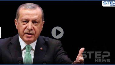 بالفيديو|| أردوغان يحرج وزير قطري ويطلب منه تعديل جلسته أمام الكاميرات