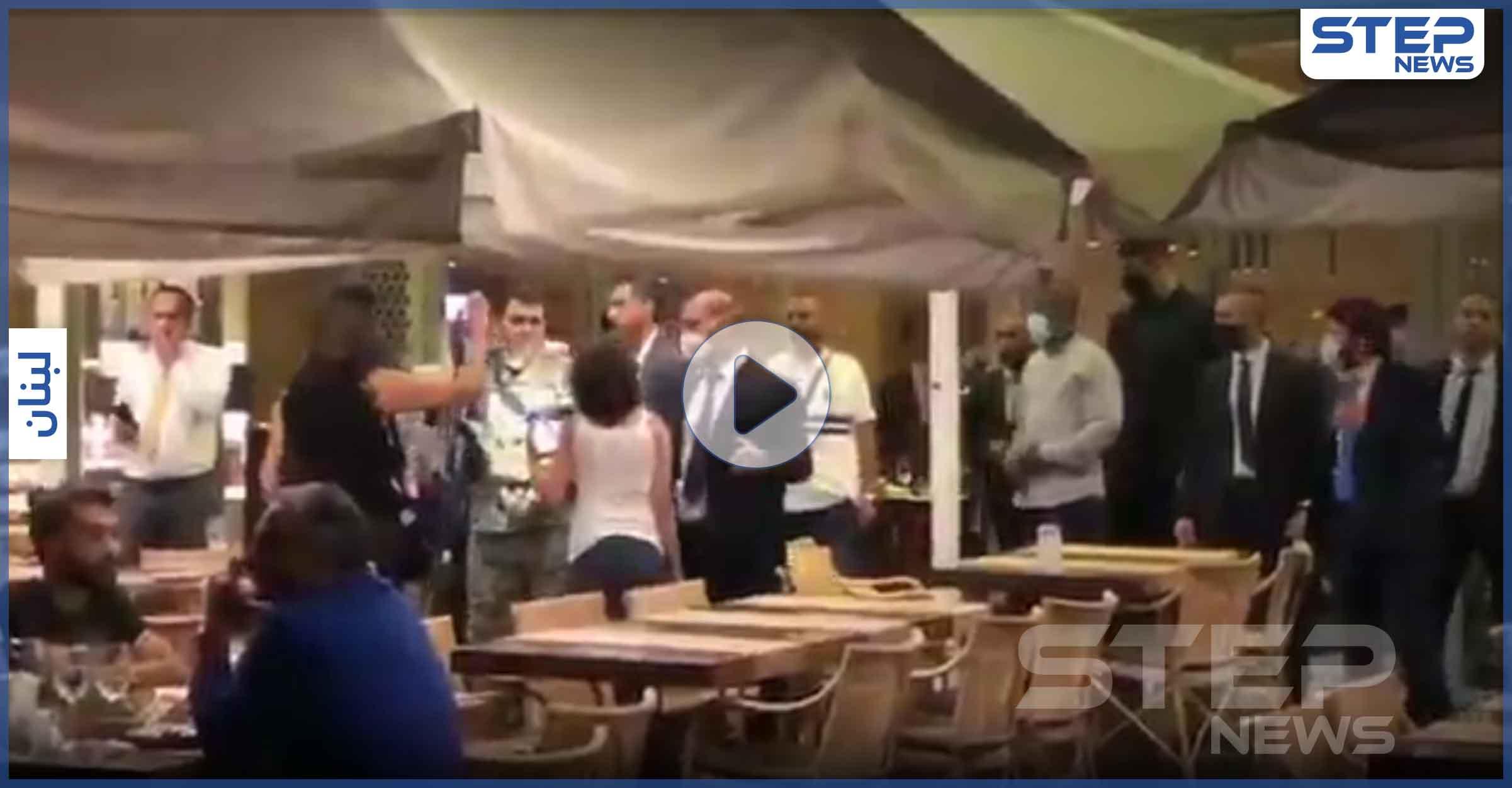 بالفيديو|| محتجون في لبنان يطردون وفداً عراقياً خلال مأدبة عشاء مع مسؤولين لبنانيين في بيروت