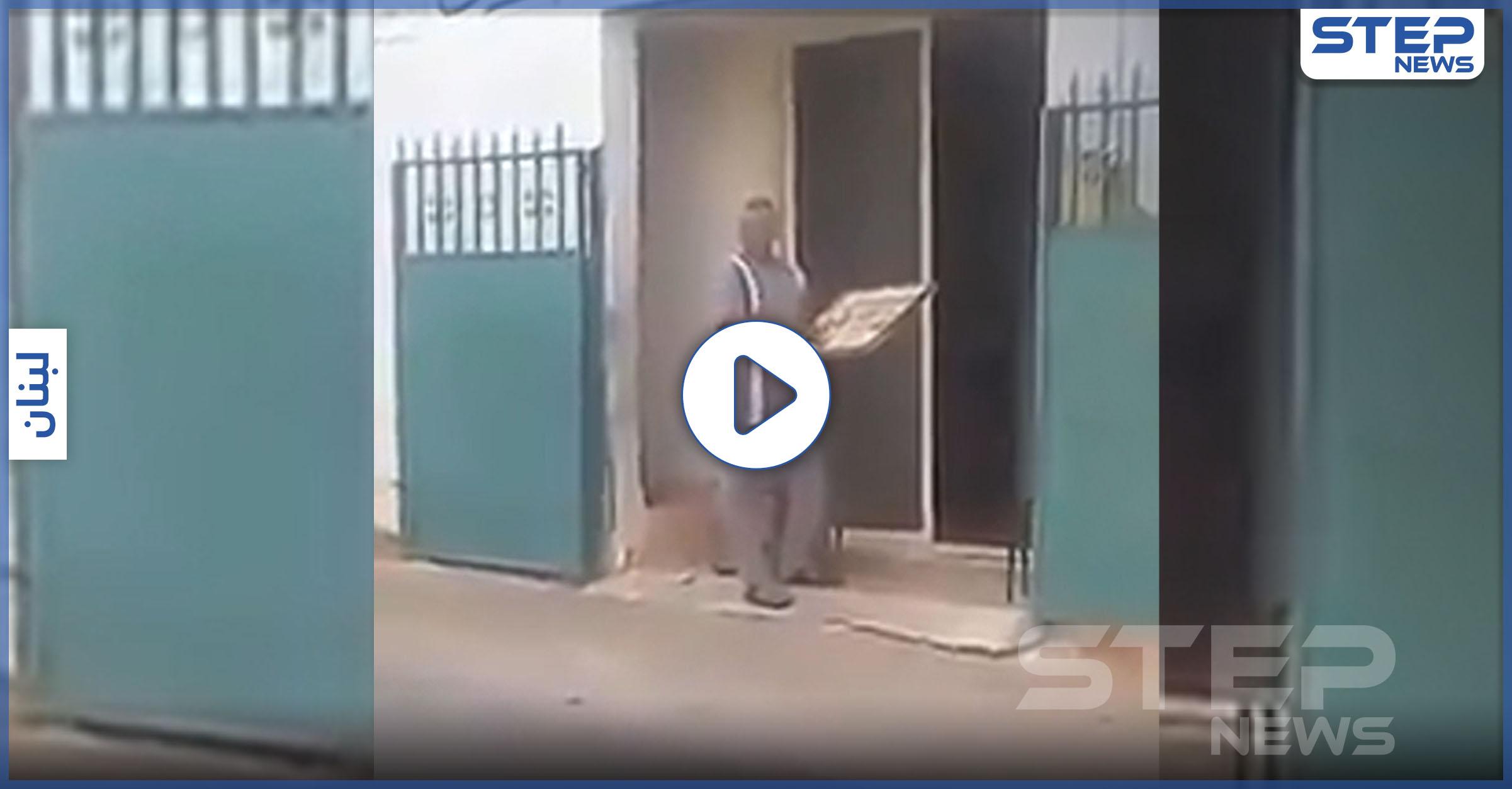 فرّان يرمي العجين في الشارع لفقدان المازوت.. و نائب لبناني يوثّق الحدث