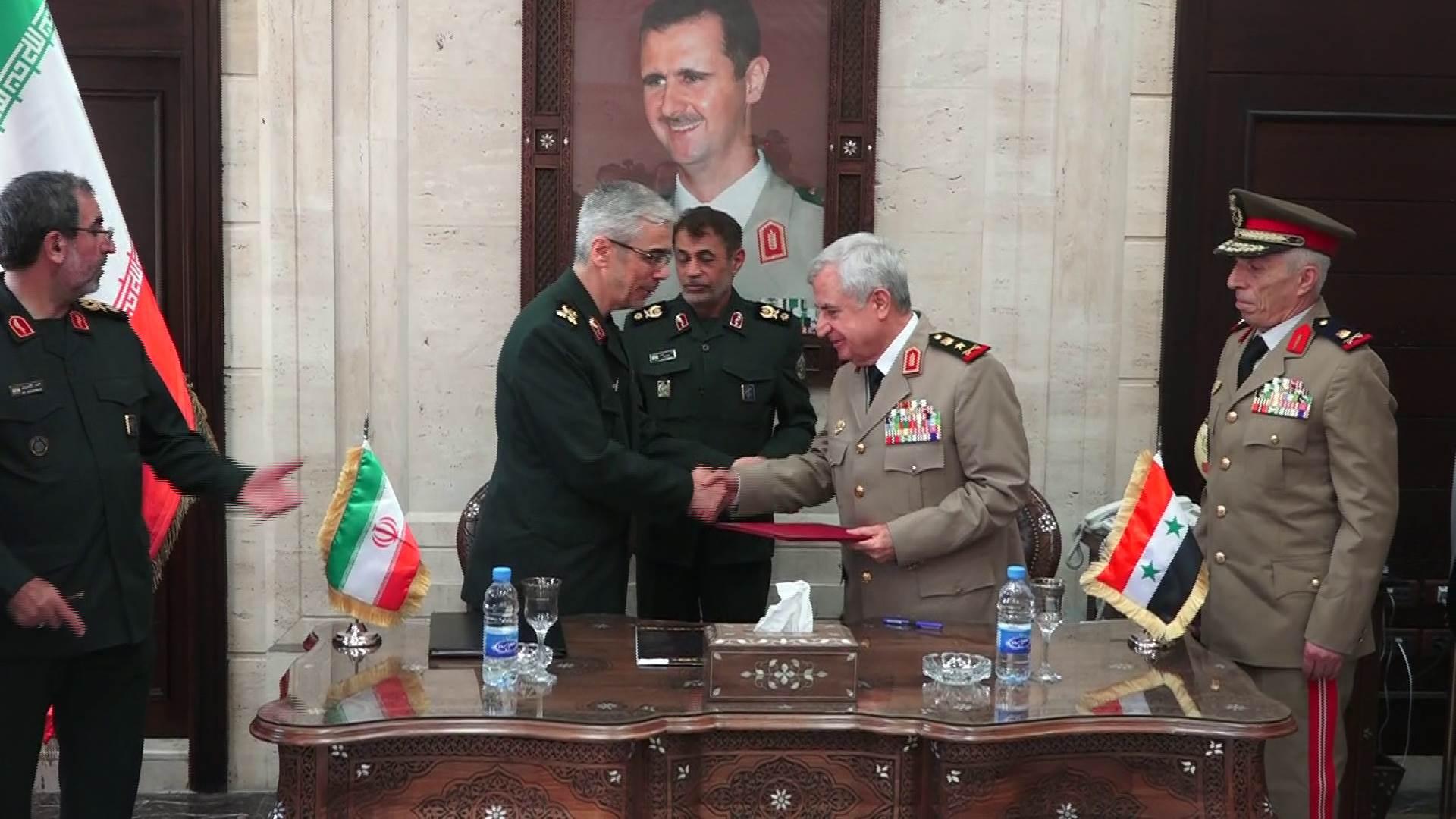 """""""قد تحمي الأسد لأعوام"""" اتفاقية شاملة بين النظام السوري وإيران.. ومطالب لتركيا بمغادرة البلاد"""