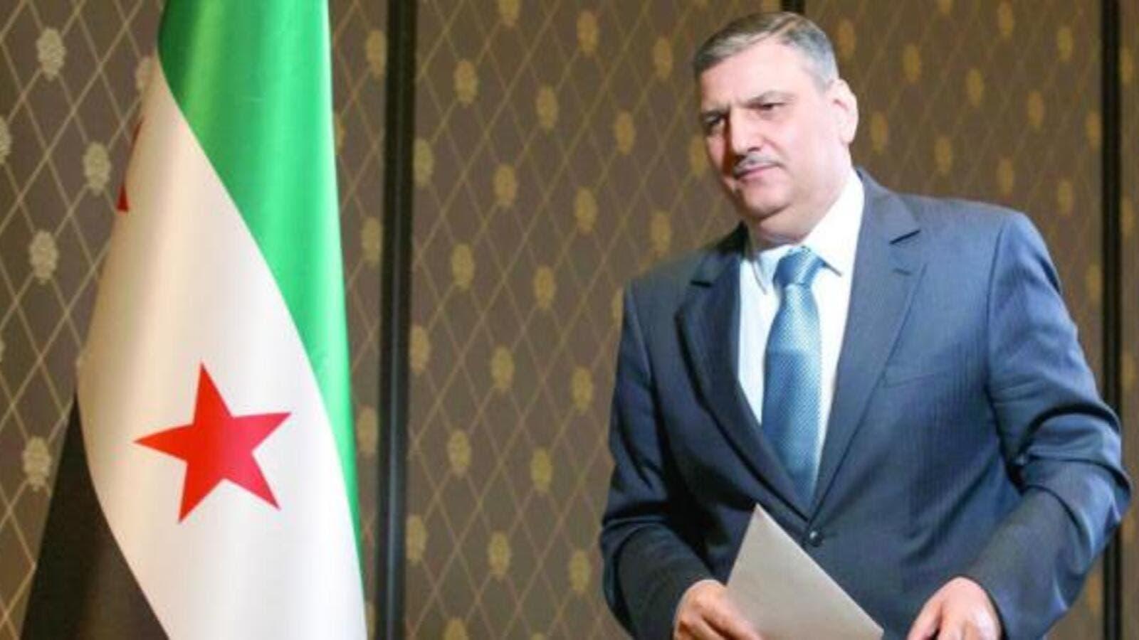 """رياض حجاب يدعو لـ """"تجديد الدماء"""" في المعارضة السورية.. والحريري يبحث العملية السياسية"""