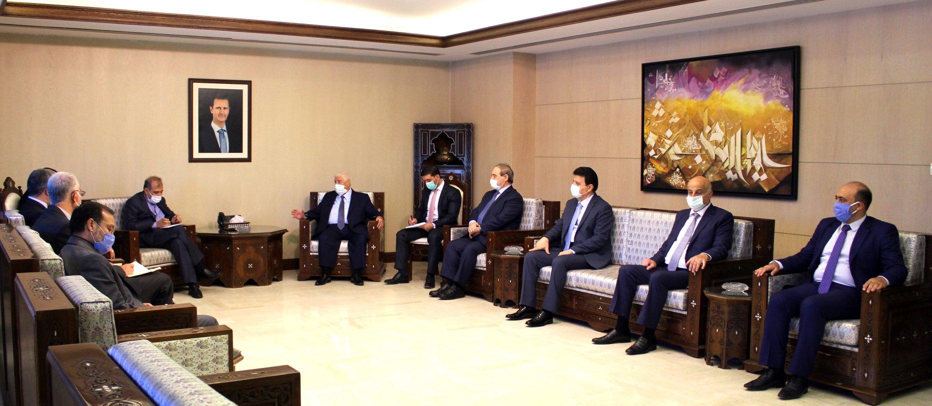 مسؤول إيراني يلتقي بشار الأسد والمعلم في دمشق.. وإدلب واللجنة الدستورية على طاولة المباحثات