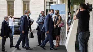 تعليق اجتماع اللجنة الدستورية في جنيف.. بعد التأكد من إصابة وفد النظام السوري بكورونا
