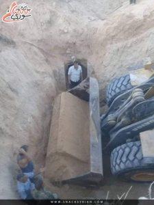 شاهد    النظام السوري يخرب آثار تدمر عبر التنقيب عنها بالجرافات