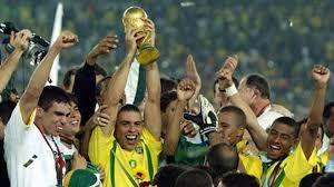 المنتخب البرازيلي الفائز بلقب 2002