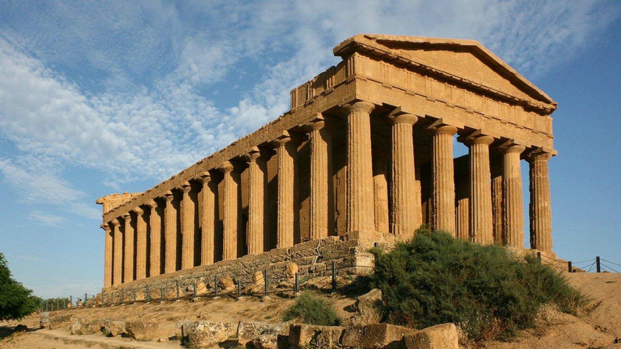 السياحة في إيطاليا - وادي المعابد