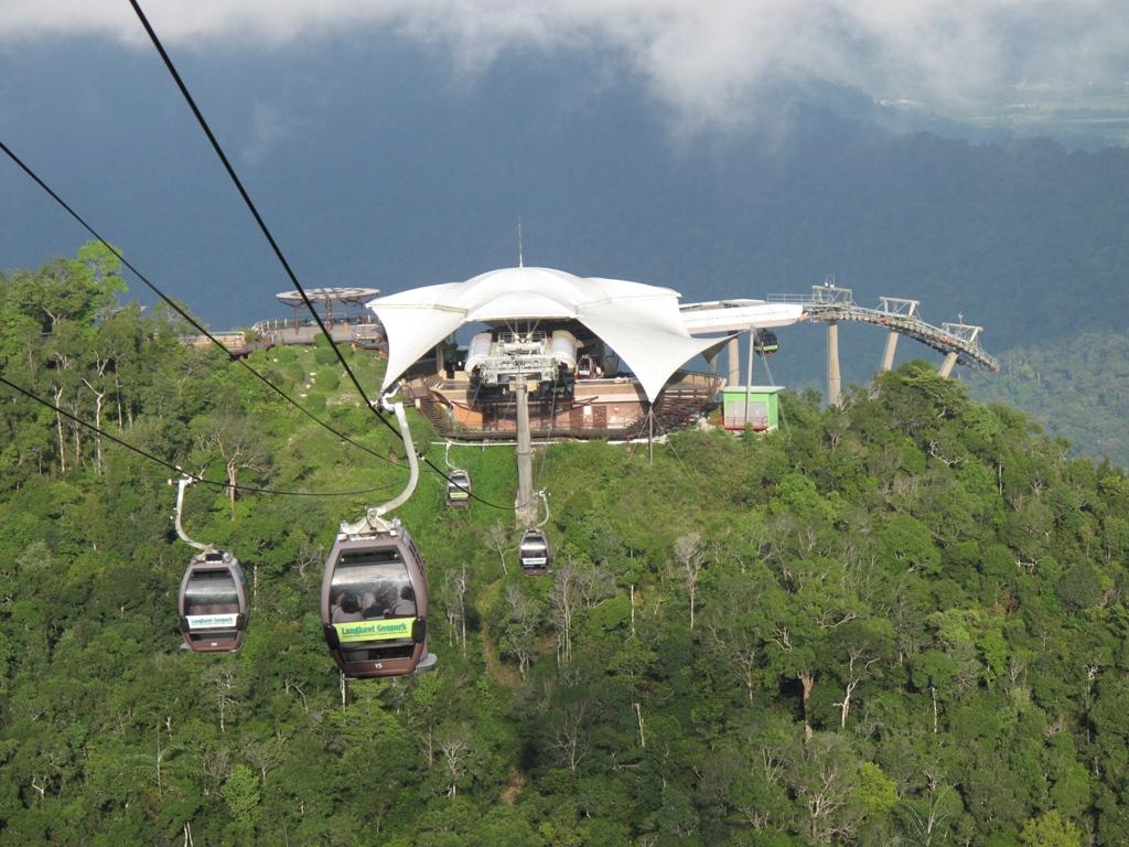 السياحة في ماليزيا - تلفريك لنكاوي