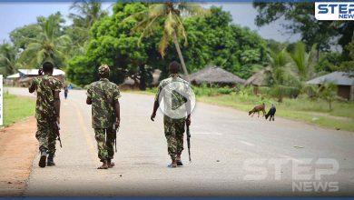 بالفيديو|| تفاصيل مقتل امرأة عارية وسط الشارع على يد مجموعة مسلحين في موزمبي