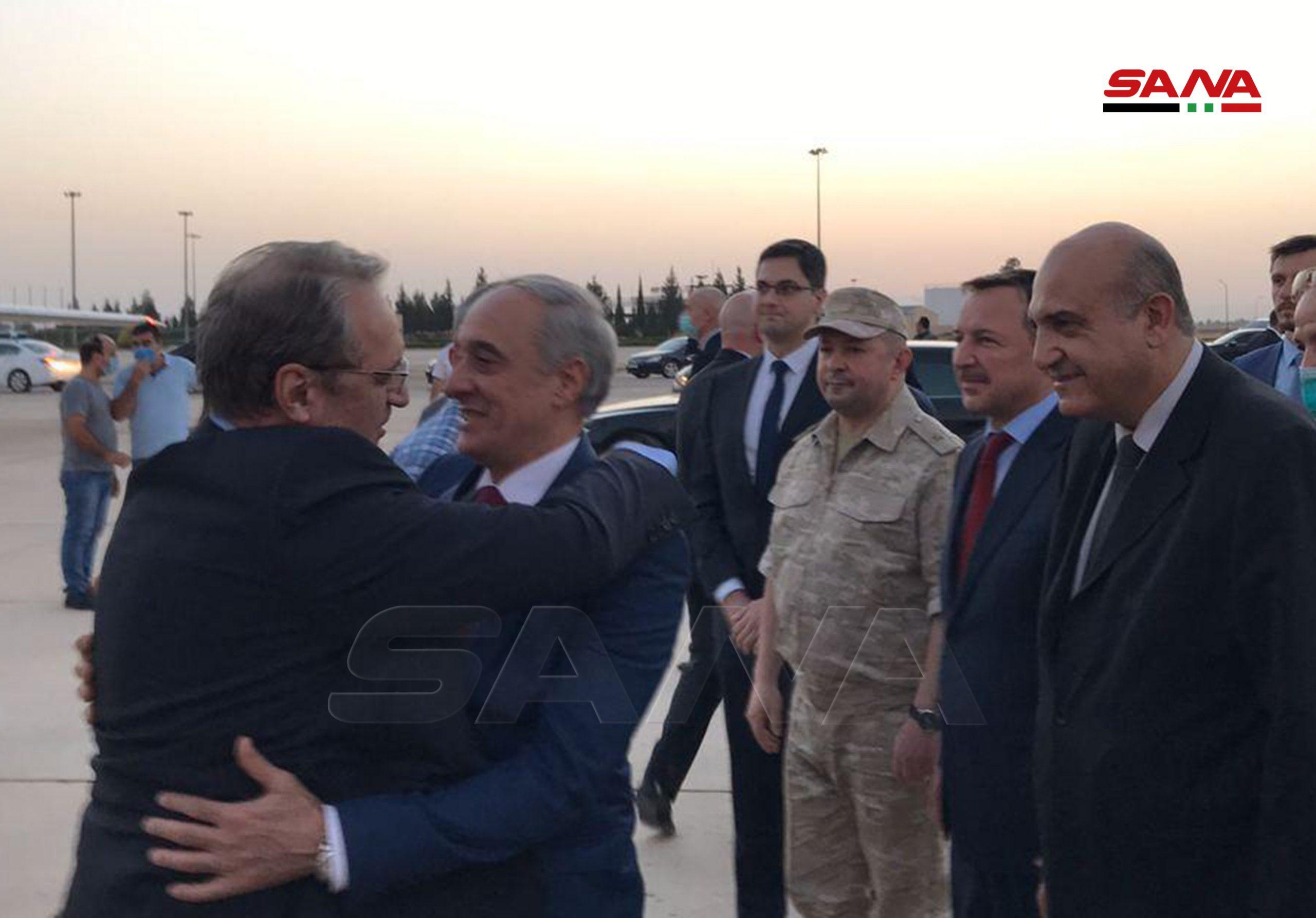 """شاهد (بالأسماء)   وفد روسي رفيع يصل دمشق لمقابلة الأسد وحكومته.. وهذه محاور الزيارة """"المفصلية"""""""