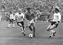 صورة من المباراة النهائية بين ألمانيا الغربية و هولندا
