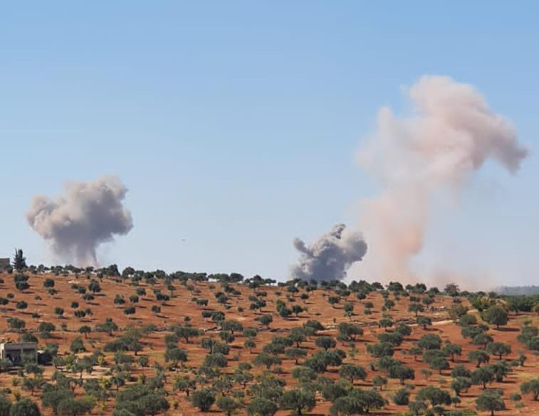 دورية تركية على الأرض و تصعيد روسي على إدلب من الجو والبحر