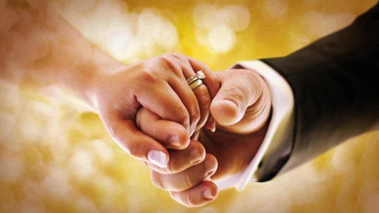 تفسير حلم الزواج للبنت من شخص تحبه