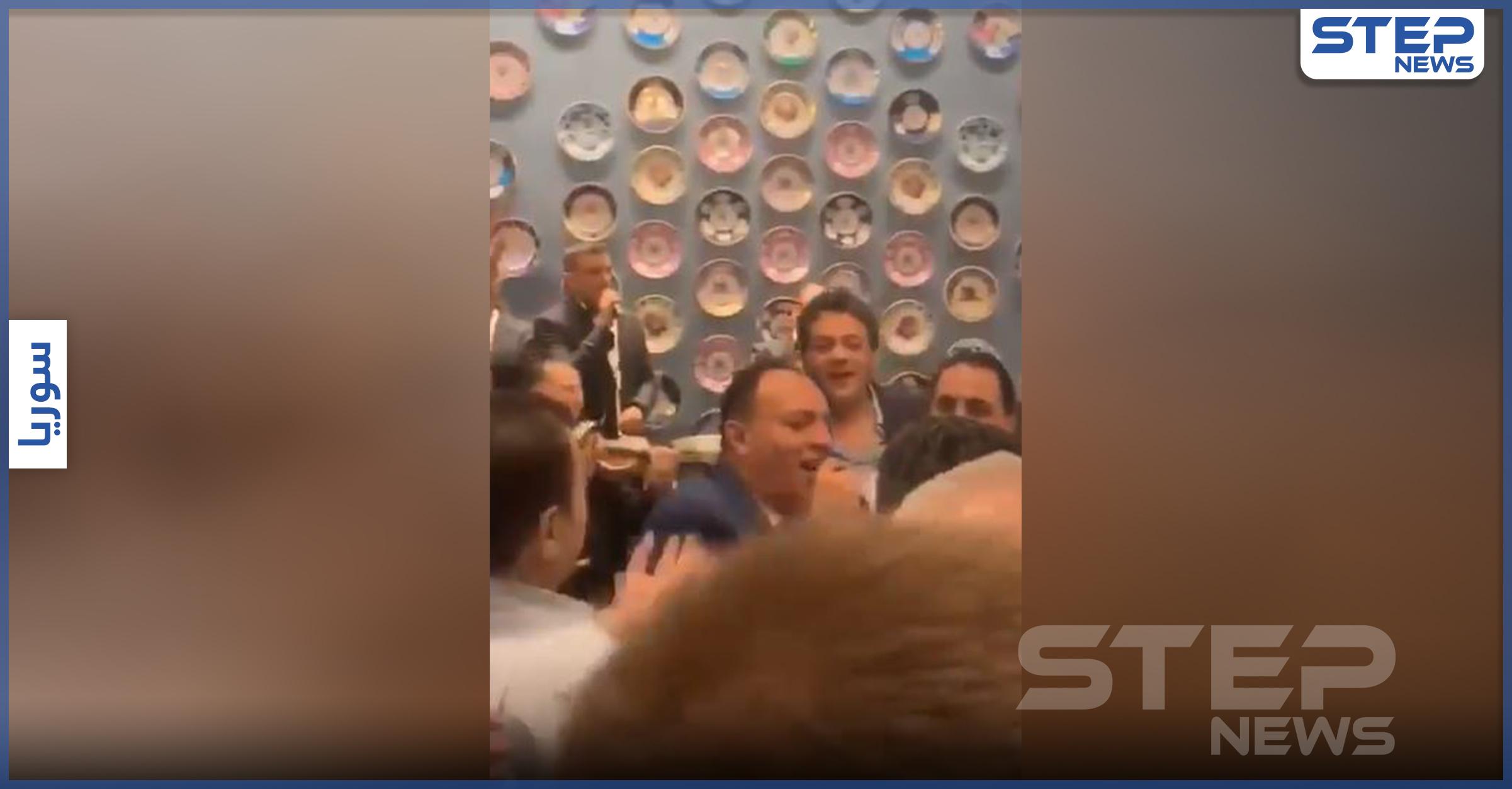 بالفيديو   رقص وغناء في غرفة تجارة دمشق التابعة للنظام السوري.. مع هتاف لــ ماهر الأسد