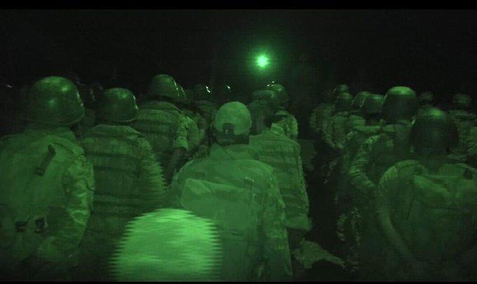 الجبهة الوطنية للتحرير تخرج معسكرًا من كتائب الموت.. ومصدر يكشف التفاصيل