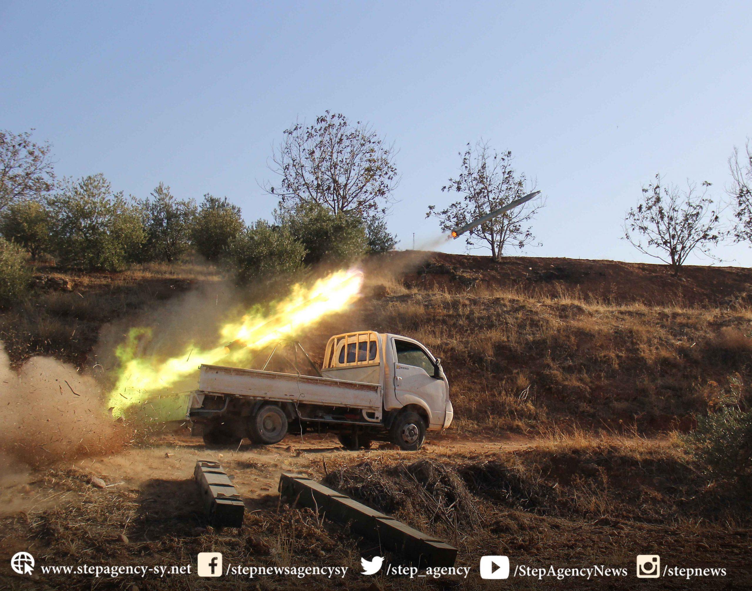 قصف متبادل بين النظام السوري وفصائل المعارضة السورية في اللاذقية وإدلب