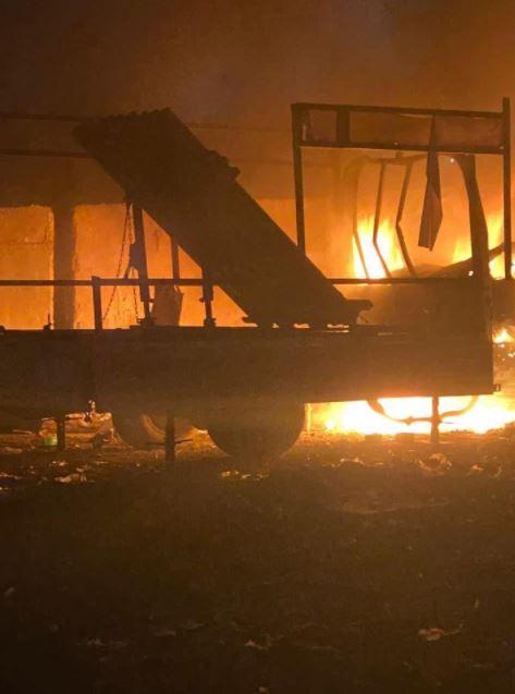 بالفيديو|| لحظة سقوط 7 صواريخ كاتيوشا معاً على المنطقة الخضراء .. والأمن العراقي يؤكد وقوع ضحايا