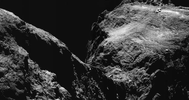 اكتشاف علمي جديد .. عينات من داخل مذنب فضائي قد تكشف عن أصول الحياة على الأرض