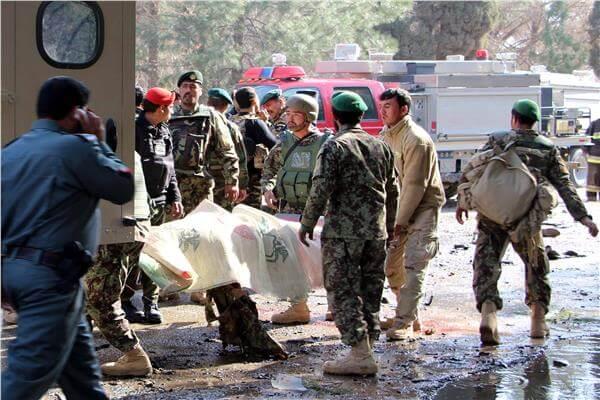 قتلى من حركة طالبان في معارك مع القوات الأفغانية.. والأخيرة تقتل مدنيين عن طريق الخطأ