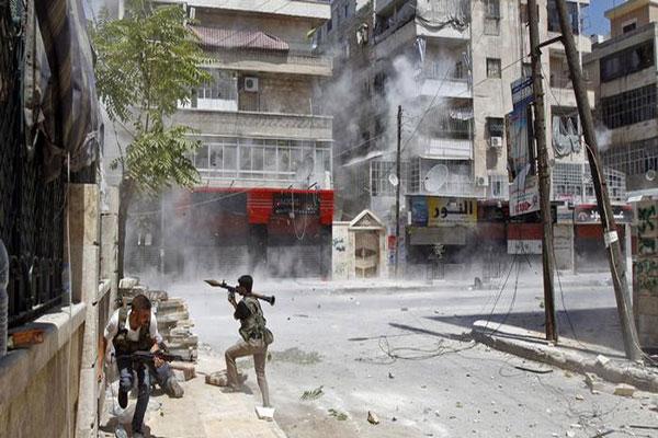 حرب شوارع في مدينة حلب بين قوات النظام السوري والميليشيات الإيرانية