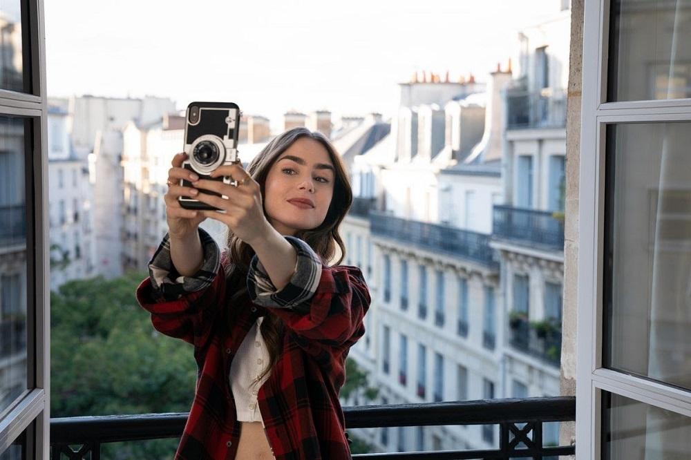 مسلسل إيميلي في باريس