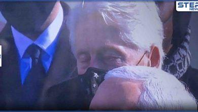 بالفيديو|| النعاس يغلب الرئيس الأمريكي الأسبق بيل كلينتون خلال خطاب جو بايدن