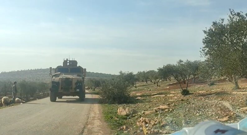 عدسة ستيب ترصد دخول أرتال عسكرية تركية غرب حلب بالتزامن مع تصعيد عسكري على إدلب واللاذقية